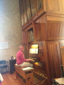 Organ with organist Mark Boughen